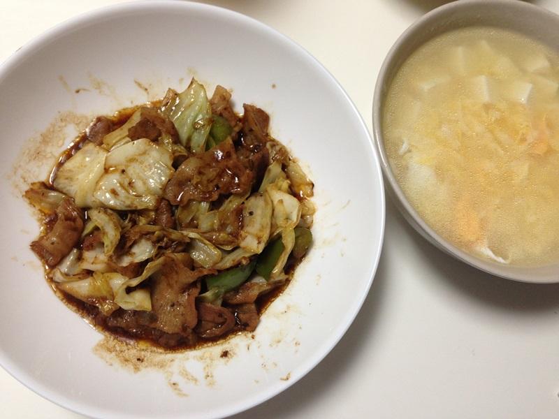 回鍋肉と豆腐と卵の中華風スープ