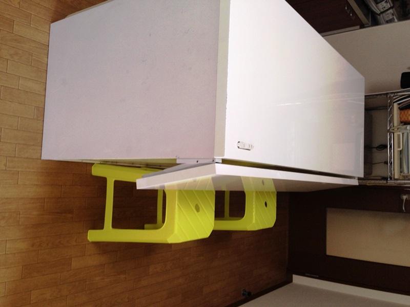 天板を折り畳んだ状態