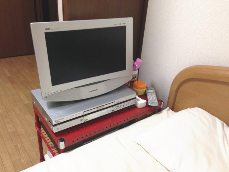 テレビ台(ルミナスパンチングシェルフラック)