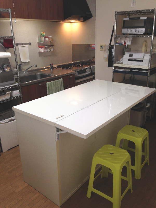 我が家のダイニングテーブル(引出式食器棚&カウンター)